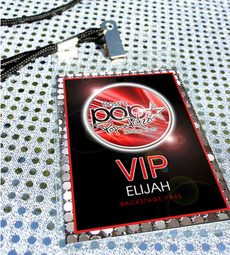 """POP-arazzi!""™ VIP Passes RED"
